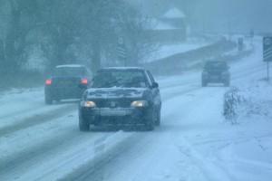 snowy traffic